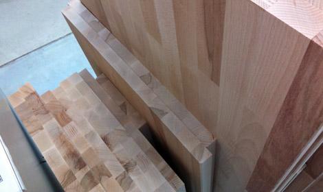 Leimholzbinderplatten aus Buchenholz, Treppenstufen Buchenholz, Betontreppe Auflage, Treppenstufen